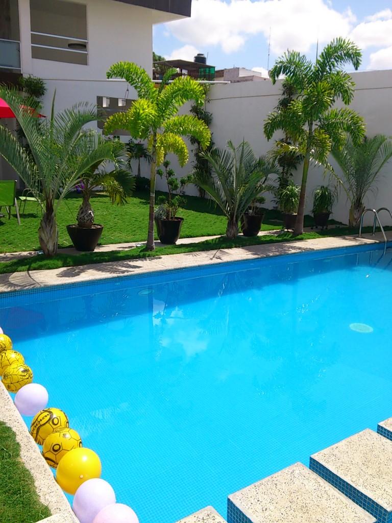 Jardines sual sal n de fiestas con alberca en tuxtla for Alma de agua jardin de eventos